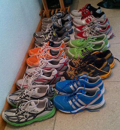 Die Schuh-Armada bei mir zuhause. 2011, damals war es noch einigermassen übersichtlich.