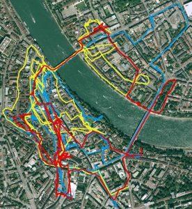 Ein Blick auf die Karte zeigt die komplexe Streckenführung durch die pittoreske Altstadt mit den Teilstrecken Montag (Blau) , Dienstag (gelb) und Mittwoch (Rot)